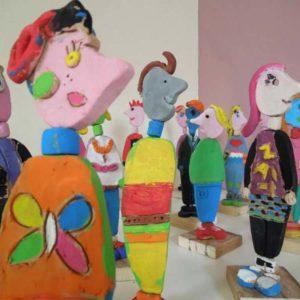 Personaggi in terracotta policroma, bambini dai 6 ai 10 anni