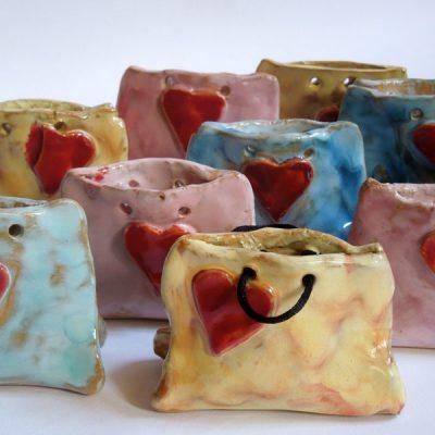 Borsetta in ceramica per la festa della mamma, scuola dell'infanzia