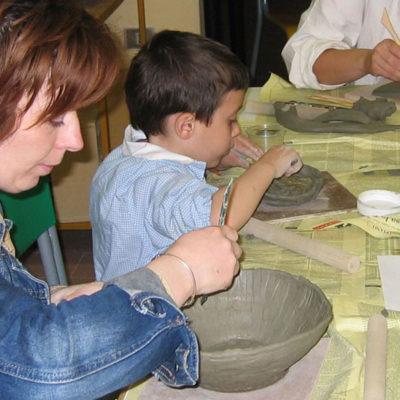 Corso di lavorazione dell'argilla per famiglie, Laboratorio ArtiBus Vasto (CH)
