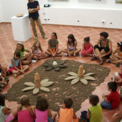 Visite guidate e laboratori per bambini alla mostra Mulier, IncontrArti. Le proposte del Premio Vasto