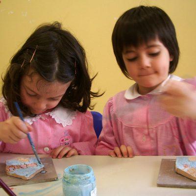 Decorazione ceramica nella scuola dell'infanzia, Laboratorio ArtiBus Vasto