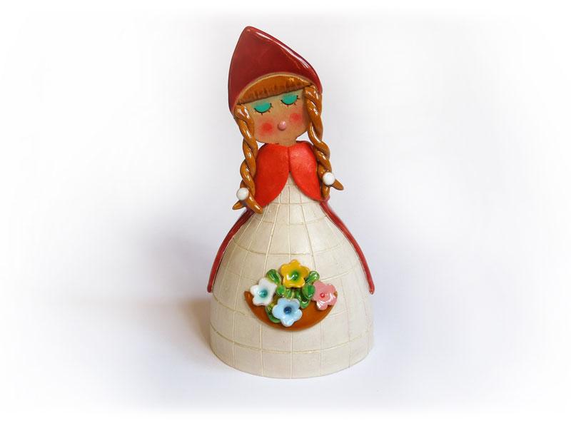 Campanella da favola, Cappuccetto Rosso in ceramica realizzata a mano dal Laboratorio ArtiBus di Vasto