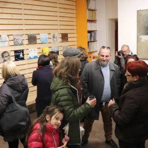 Lo spazio della Galleria durante il vernissage di Incontrarti 2017 per il 50° Premio Vasto